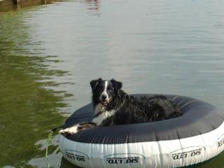 Lucky_raft2